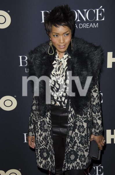 """Beyonce: Life is But a Dreamî PremiereAngela Bassett2-12-2013 / Ziegfeld Theater / New York NY / HBO / Photo by Eric Reichbaum - Image 24261_412"