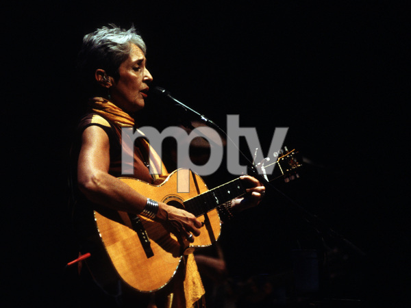 Joan Baez2004© 2004 Paul Slaughter - Image 24262_0282
