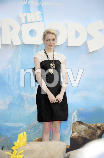 """""""The Croodsî PremiereEmma Stone3-10-2013 / AMC Loews Lincoln Square Theater / New York NY / Dreamworks / Photo by Eric Reichbaum - Image 24266_132"""