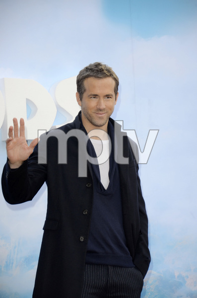 """""""The Croods"""" Premiere Ryan Reynolds 3-10-2013 / AMC Loews Lincoln Square Theater / New York NY / Dreamworks / Photo by Eric Reichbaum - Image 24266_79"""