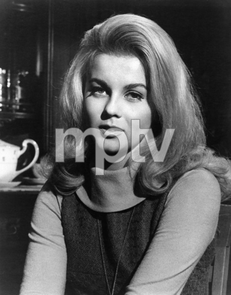 """The Cincinnati Kid""  Ann-Margret  1965 MGM  ** I.V. - Image 24287_0009"