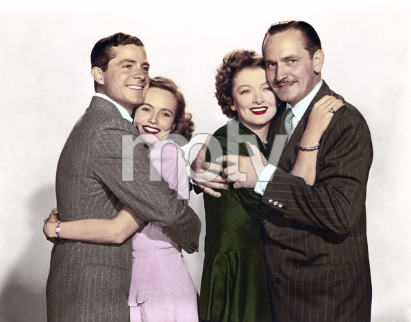 "Fredric March, Myrna Loy, Teresa Wright and Dana Andrews in ""The Best Years of Our Lives"" 1946 RKO Radio Pictures** I.V. - Image 24287_0026"