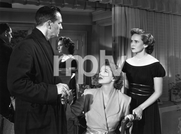 """Fredric March, Teresa Wright and Myrna Loy in """"The Best Years of Our Lives"""" 1946 RKO Radio Pictures** I.V. - Image 24287_0029"""