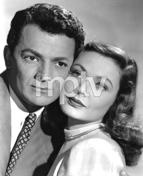 """Cornel Wilde and Gene Tierney in """"Leave Her to Heaven"""" 1945 20th Century Fox** I.V. - Image 24287_0241"""