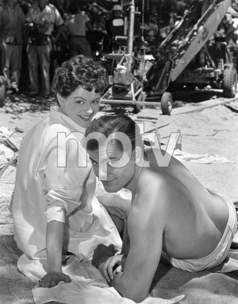 "John Saxon and Judi Meredith in ""Summer Love"" 1957 ** I.V. - Image 24287_0316"