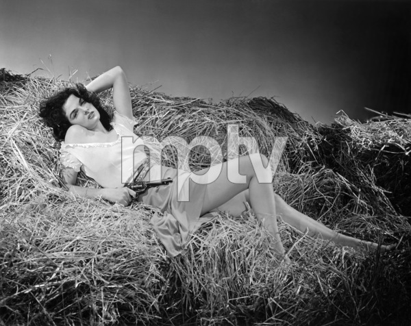 """Jane Russell in """"The Outlaw""""1943 Howard Hughes Productions** B.D.M. - Image 24293_0027"""