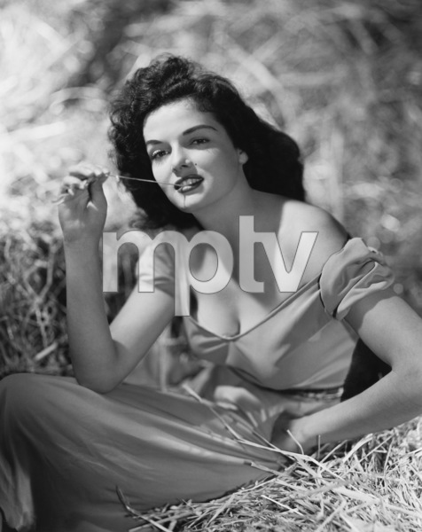 "Jane Russell in ""The Outlaw""1943 Howard Hughes ProductionsPhoto by Hurrell** B.D.M. - Image 24293_0296"