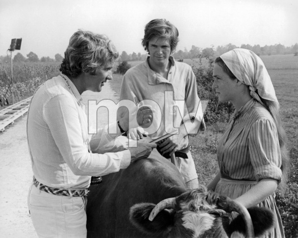 """Norman Jewison, Raymond Lovelock and Neva Small on location for """"Fiddler on the Roof""""1971 United Artists** B.D.M. - Image 24293_0353"""