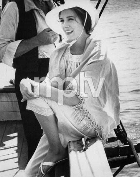 """Julie Andrews on filming location for """"Hawaii""""1966 UA** B.D.M. - Image 24293_0517"""
