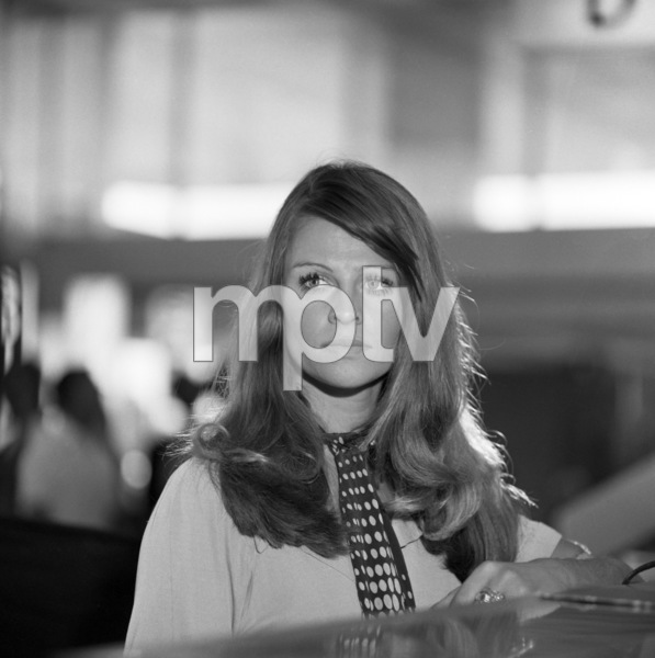 """Julie Christie in """"In Search of Gregory""""1970 Universal** B.D.M. - Image 24293_0716"""