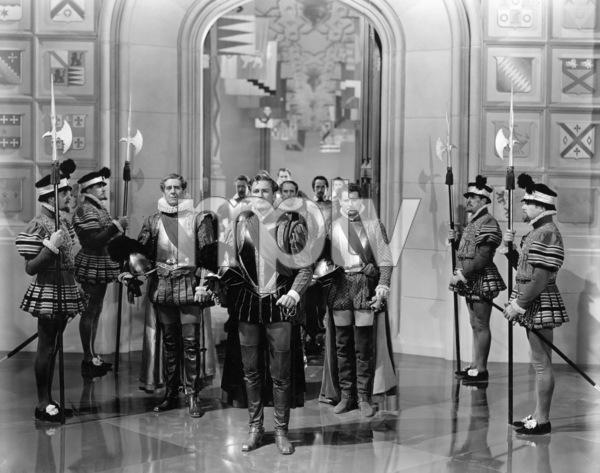 """The Private Lives of Elizabeth and Essex""Robert Warwick, Errol Flynn, Leo G. Carroll, Ralph Forbes 1939 Warner Bros.** B.D.M. - Image 24293_0753"
