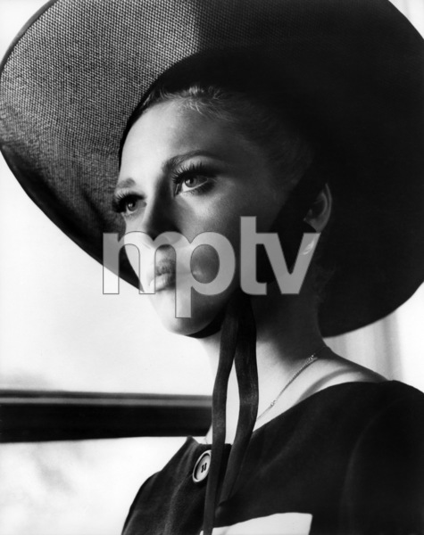 """Faye Dunaway in """"The Thomas Crown Affair""""1968 United Artists** B.D.M. - Image 24293_0778"""