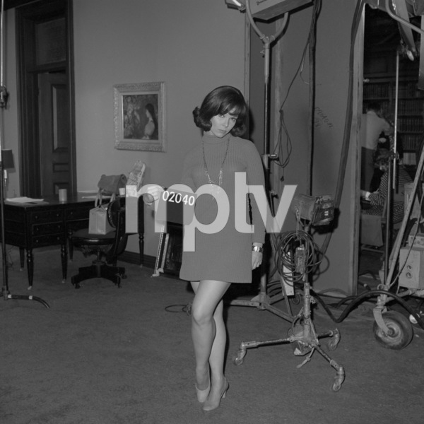 """Costume test on the set of """"How to Frame a Figg""""1971 Universal** B.D.M. - Image 24293_0953"""