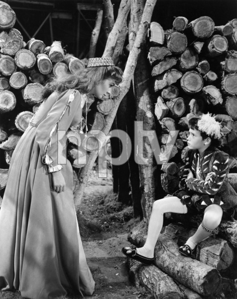 """Jean Simmons and Rex Thompson in """"Young Bess""""1953 MGM** B.D.M. - Image 24293_1062"""