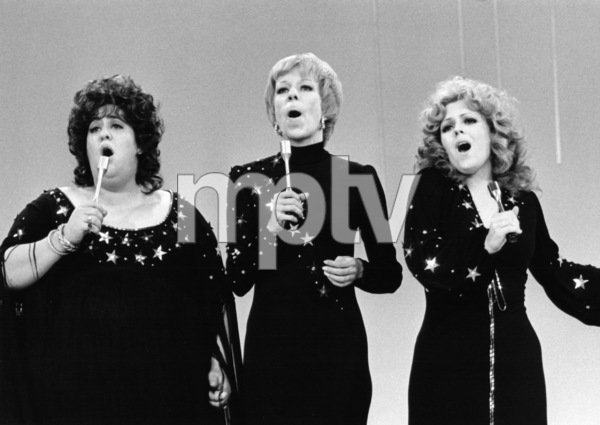"""The Carol Burnett Show""Mama Cass Elliot, Carol Burnett, Bernadette Peters1971** B.D.M. - Image 24293_1178"