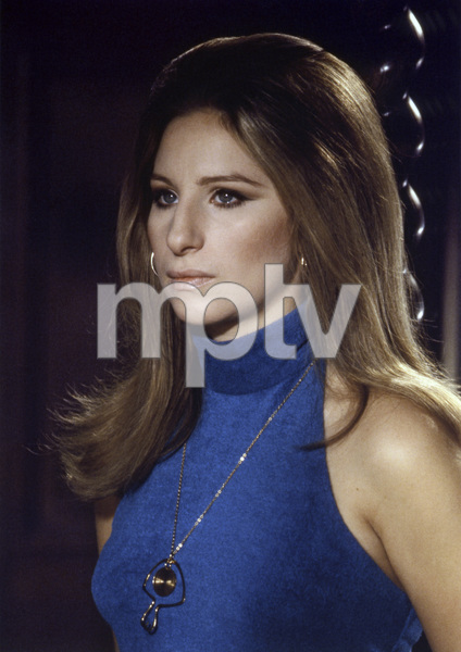 """Barbra Streisand in """"The Owl and the Pussycat""""1970 Columbia** B.D.M. - Image 24293_1644"""