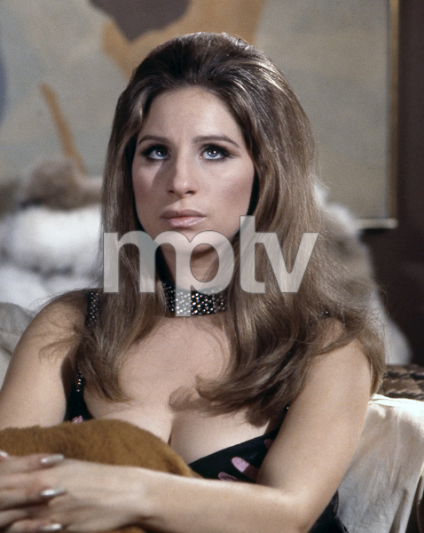 """Barbra Streisand in """"The Owl and the Pussycat""""1970 Columbia** B.D.M. - Image 24293_1647"""
