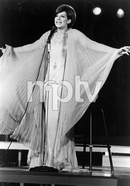 Barbra Streisand in concert in Central Park, New YorkJune 17, 1967** B.D.M. - Image 24293_1745