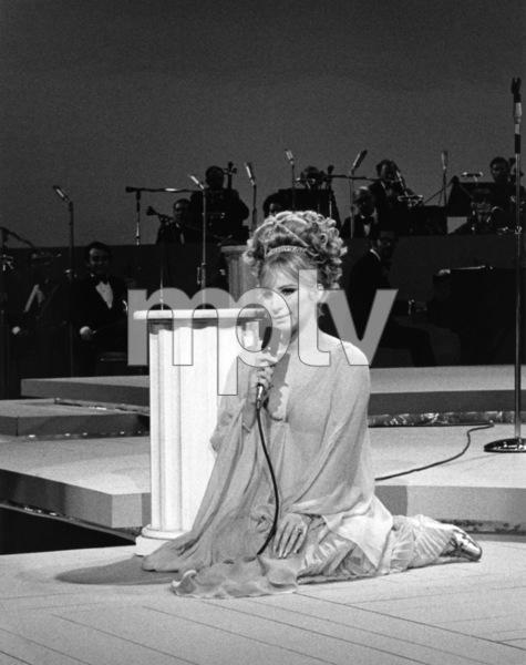 Barbra Streisand in concert at the International Hotel, Las Vegas1969** B.D.M. - Image 24293_1753