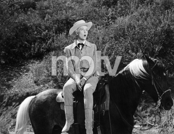 "Doris Day singing ""Secret Love"" in ""Calamity Jane""1953 Warner Bros.** B.D.M. - Image 24293_1830"