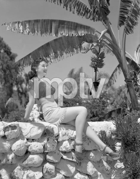 Deanna Durbincirca 1940** B.D.M. - Image 24293_1863