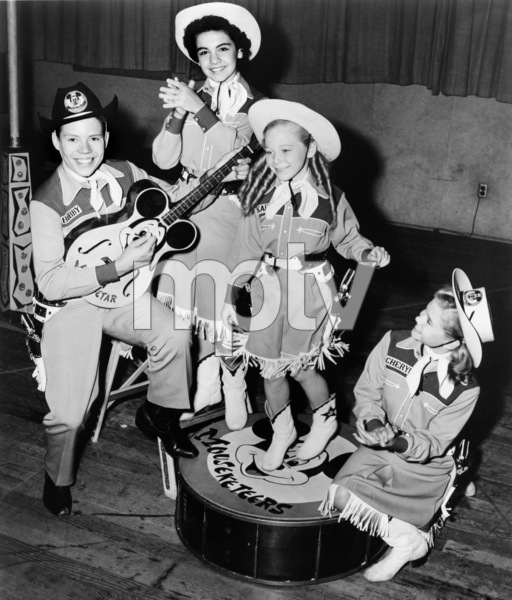 """Bobby Burgess, Annette Funicello, Karen Pendleton and Cheryl Holdridge on """"The Mickey Mouse Club""""1955** B.D.M. - Image 24293_1940"""
