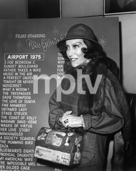 "Gloria Swanson attends a special party in her honor at the start of filming ""Airport 1975""1974 Universal** B.D.M. - Image 24293_2517"