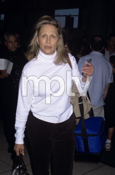 Faye Dunawaycirca 1985© 1985 Gary Lewis - Image 24300_0130