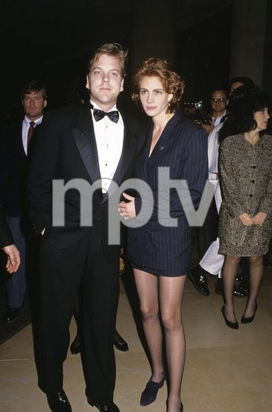 """The 48th Annual Golden Globe Awards""Kiefer Sutherland, Julia RobertsJanuary 19, 1991© 1991 Gary Lewis - Image 24300_0146"