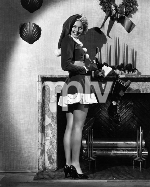 """Leslie Brooks in """"Cigarette Girl""""1947 Columbia Pictures© 1978 Ned Scott Archive - Image 24327_0003"""