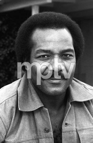 Jim Brown at his Hollywood Hills Home  1976© 1978 Bobby Holland - Image 24331_0074