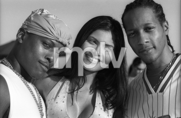 Won-G and DJ Quik 2001© 2001 Bobby Holland - Image 24331_0272