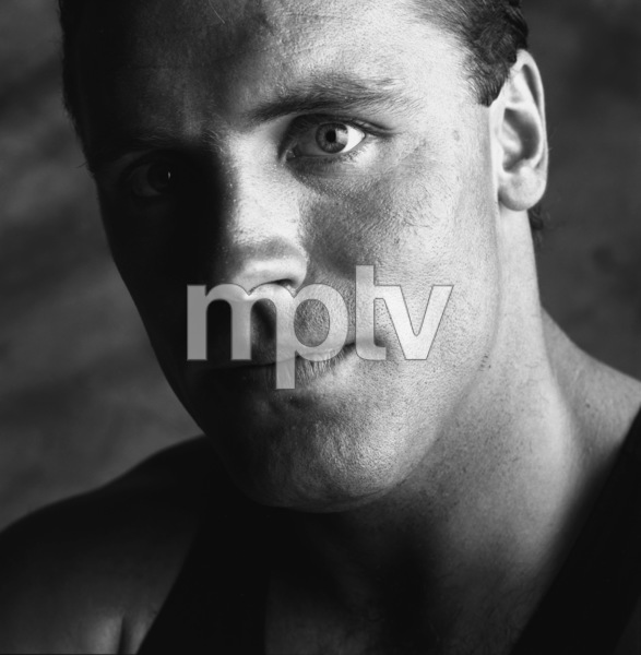 Howie Long1987© 1987 Daniel Lamb - Image 24348_0080