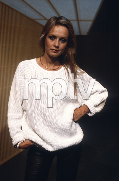 """Twiggy on """"An American Portrait""""1985© 1985 Patrick D. Pagnano - Image 24351_0005"""
