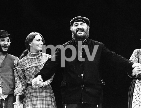 """Zero Mostel receiving a standing ovation for his performance in """"Fiddler on the Roof"""" at the Westbury Music Fair in New York1971© 1978 Barry Kramer - Image 24354_0031"""