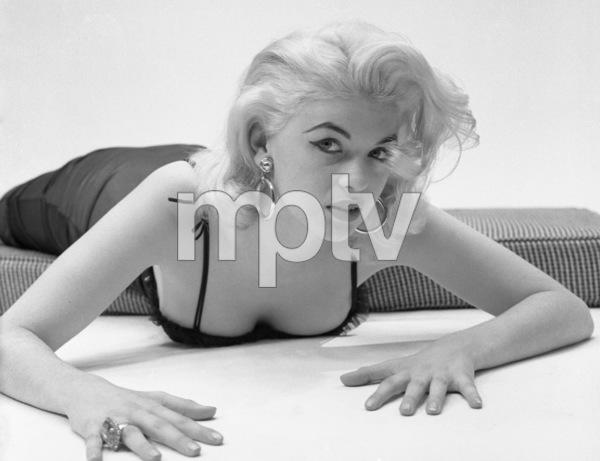 Jayne Mansfield circa 1950s © 1978 Barry Kramer - Image 24354_0089