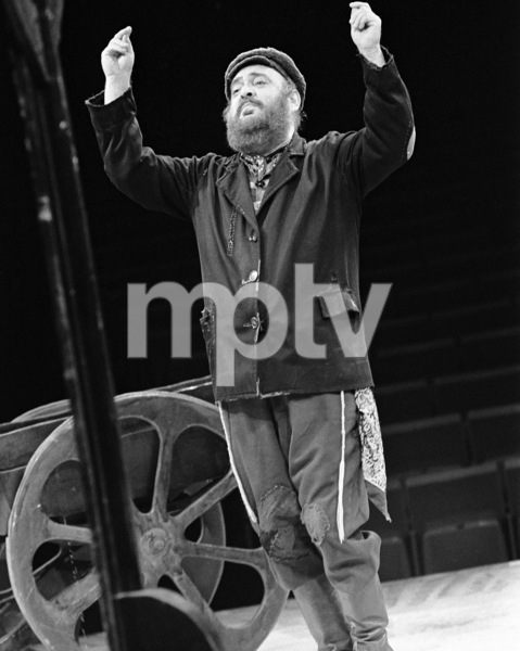 """Zero Mostel performing in """"Fiddler on the Roof"""" at Westbury Music Fair in New York 1971 © 1978 Barry Kramer - Image 24354_0094"""