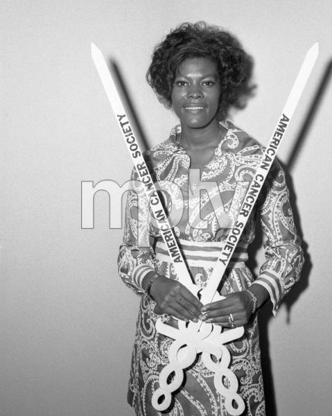 Dionne Warwick1972© 1978 Barry Kramer - Image 24354_0233