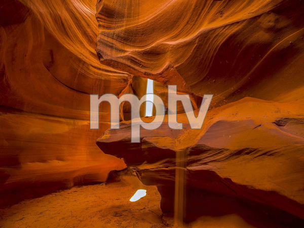 Antelope Slot Canyon, Page, Arizona2015© 2017 Viktor Hancock - Image 24366_0140