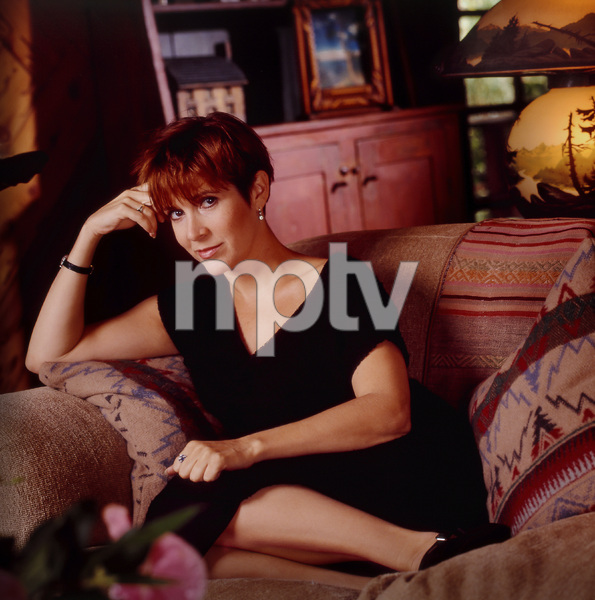 Carrie Fisher at home1990© 1990 Randy Harmon - Image 24370_0001