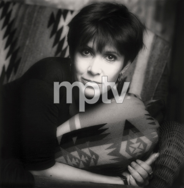Carrie Fisher at home1990© 1990 Randy Harmon - Image 24370_0002