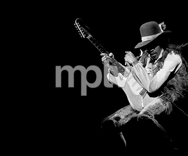 Jimi Hendrix playing Fillmore East in New York City May 10, 1968 © 1978 Steve Banks - Image 24377_0415