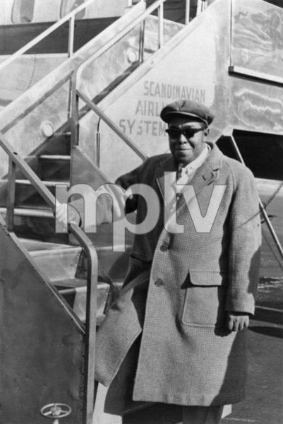 Charlie Parker arriving in Stockholm1950** I.V.M. - Image 24383_0096
