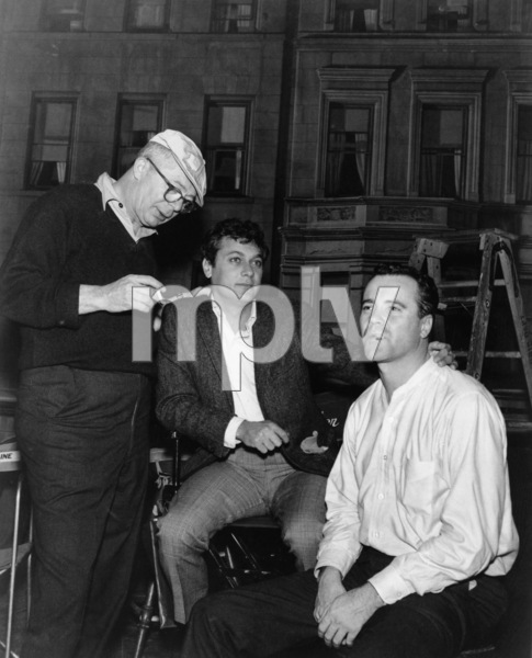 """The Apartment""Director Billy Wilder, Tony Curtis, Jack Lemmon1960** I.V. - Image 24383_0255"