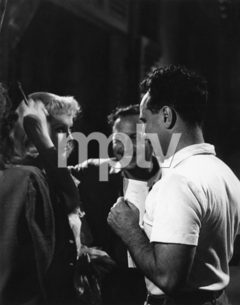 """Vivien Leigh, Tennessee Williams and director Elia Kazan during the making of """"A Streetcar Named Desire""""1951** I.V. - Image 24383_0327"""