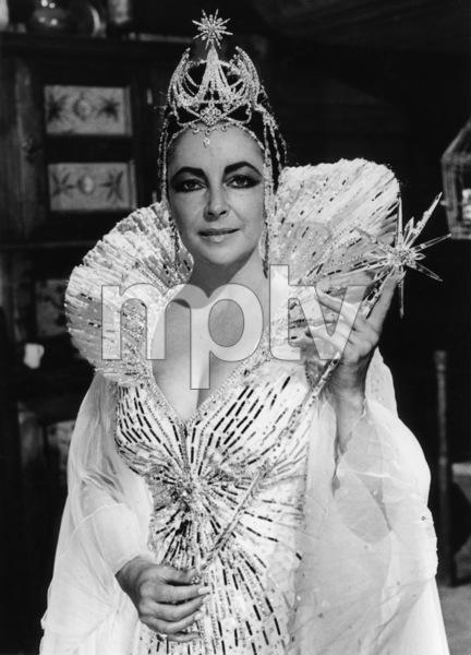 "Elizabeth Taylor in ""The Blue Bird""1976 20th Century-Fox** B.D.M. - Image 24384_0025"