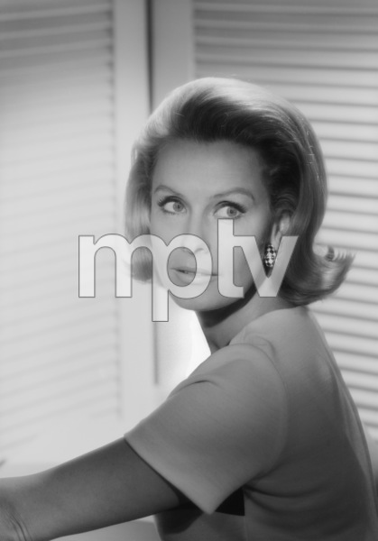 Dina Merrill1968© 1978 John Engstead - Image 2692_0024