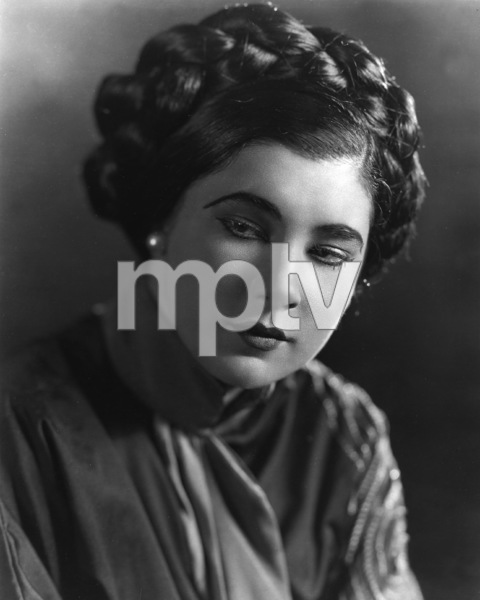 Nita Naldi, Paramount Photo, circa 1922, **I.V. - Image 2738_0001