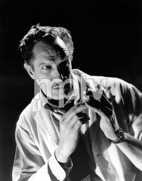 "Vincent Price in ""The Tingler""1959 Columbia / **I.V.Photo By Cronenweth - Image 2837_0139"