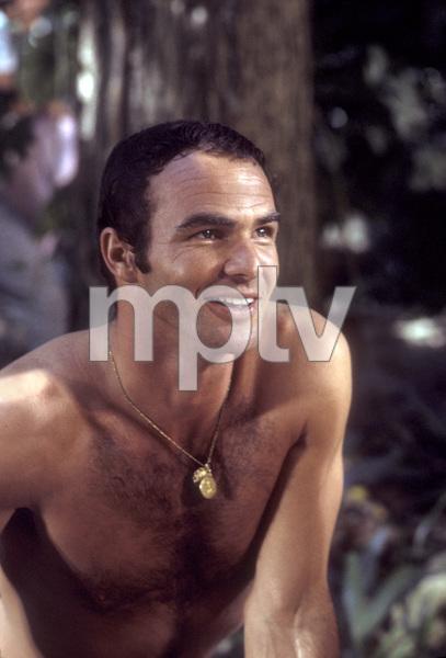 "Burt Reynolds on the setof ""Skullduggery""1969 © 1978 David Sutton - Image 2868_0175"